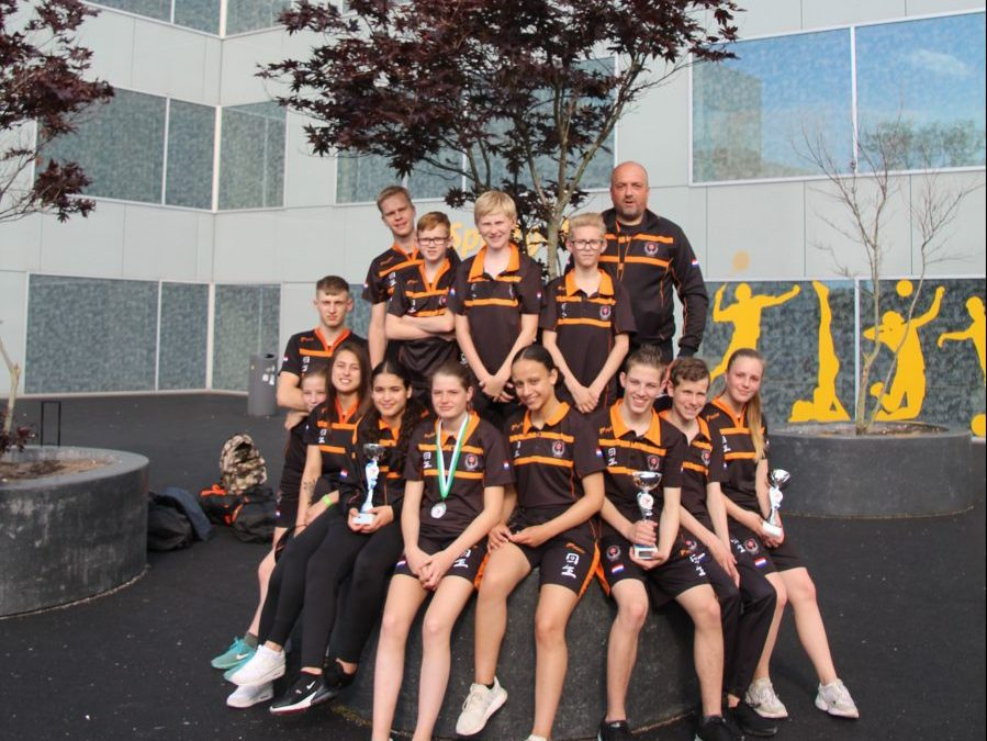 Karateka Kai Sei pakken goud en zilver op Rotterdam Cup